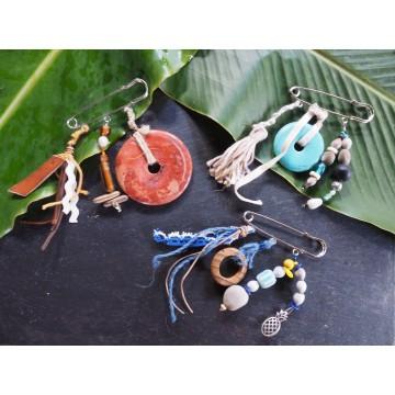 Portes clés et bijoux de sac